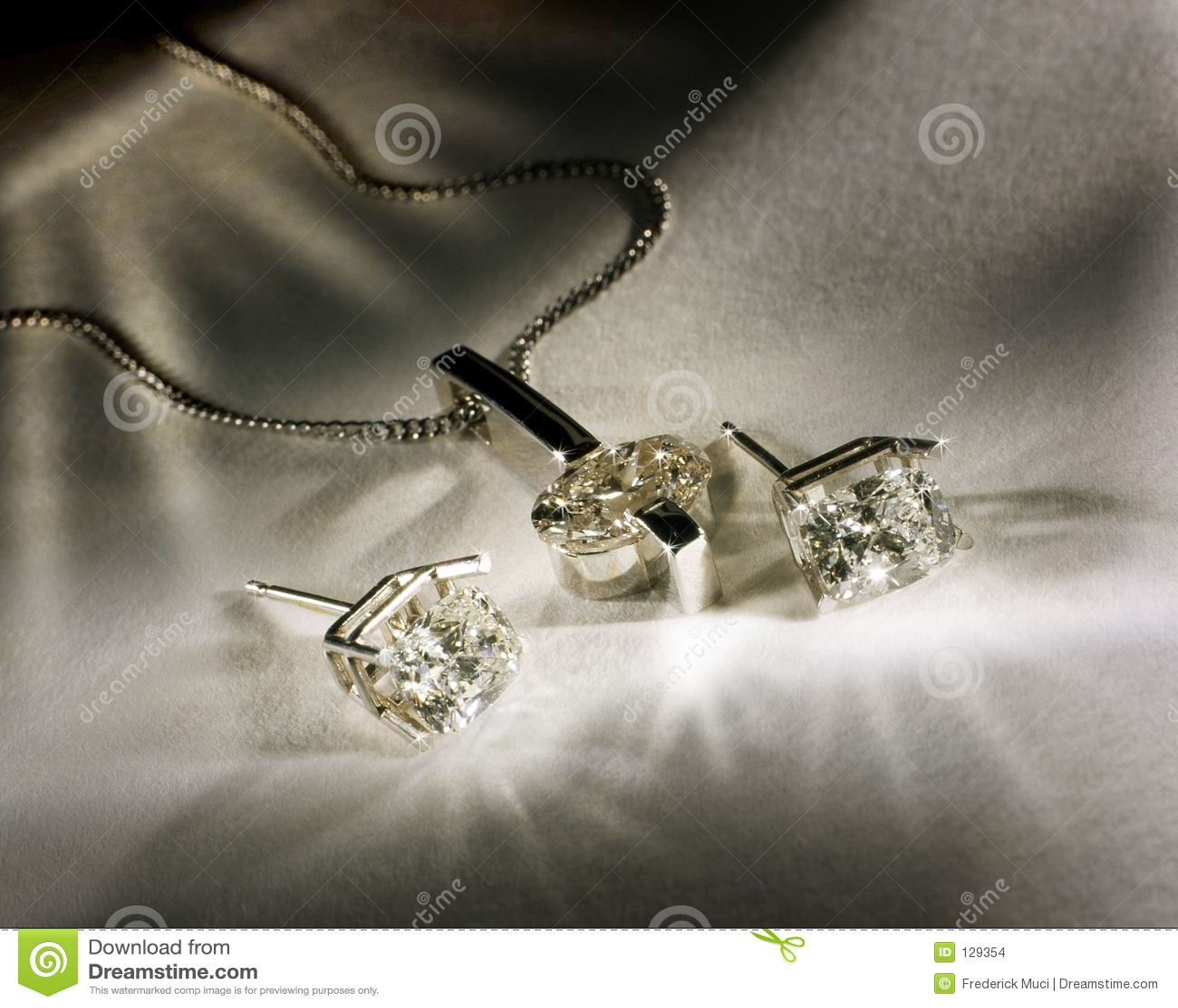 Diamantes Earings e pendente
