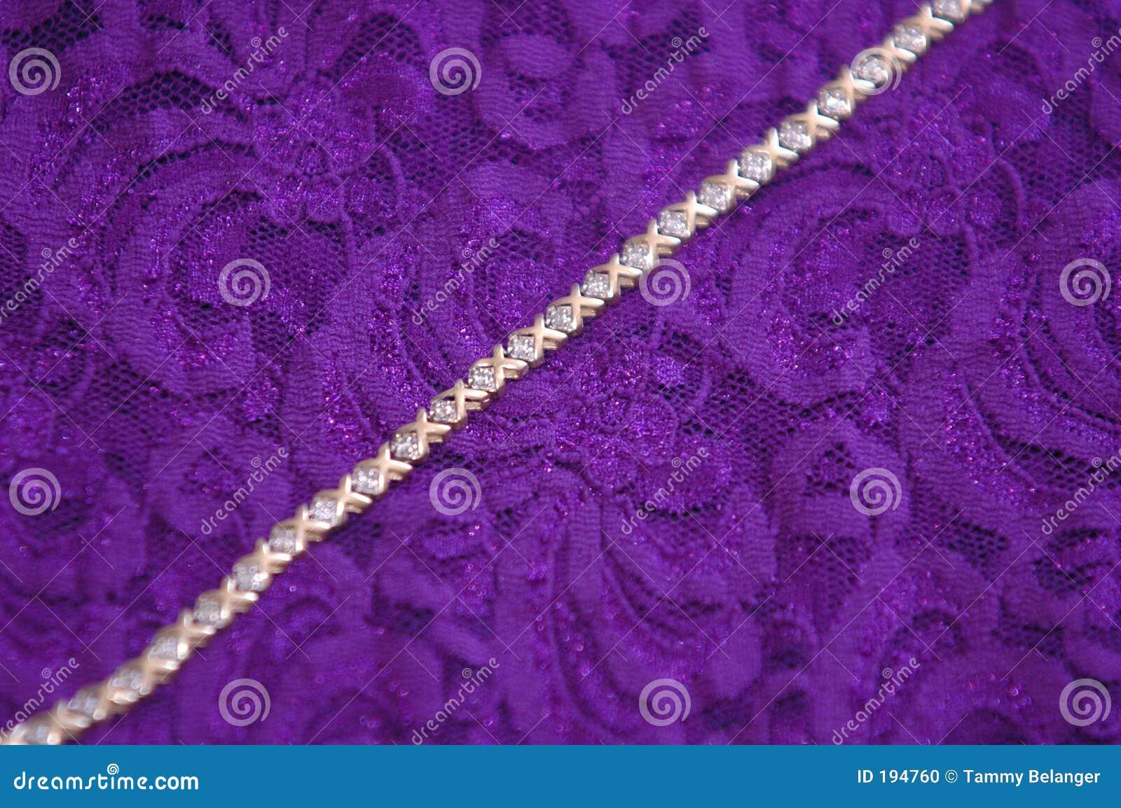 Diamants et lacet