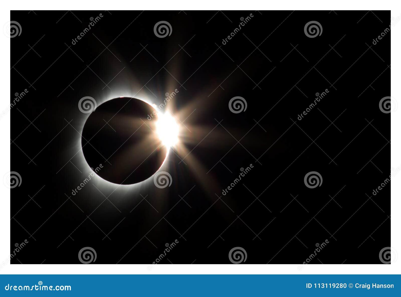 Diamentowego pierścionku Słoneczny zaćmienie, Oregon, 2017