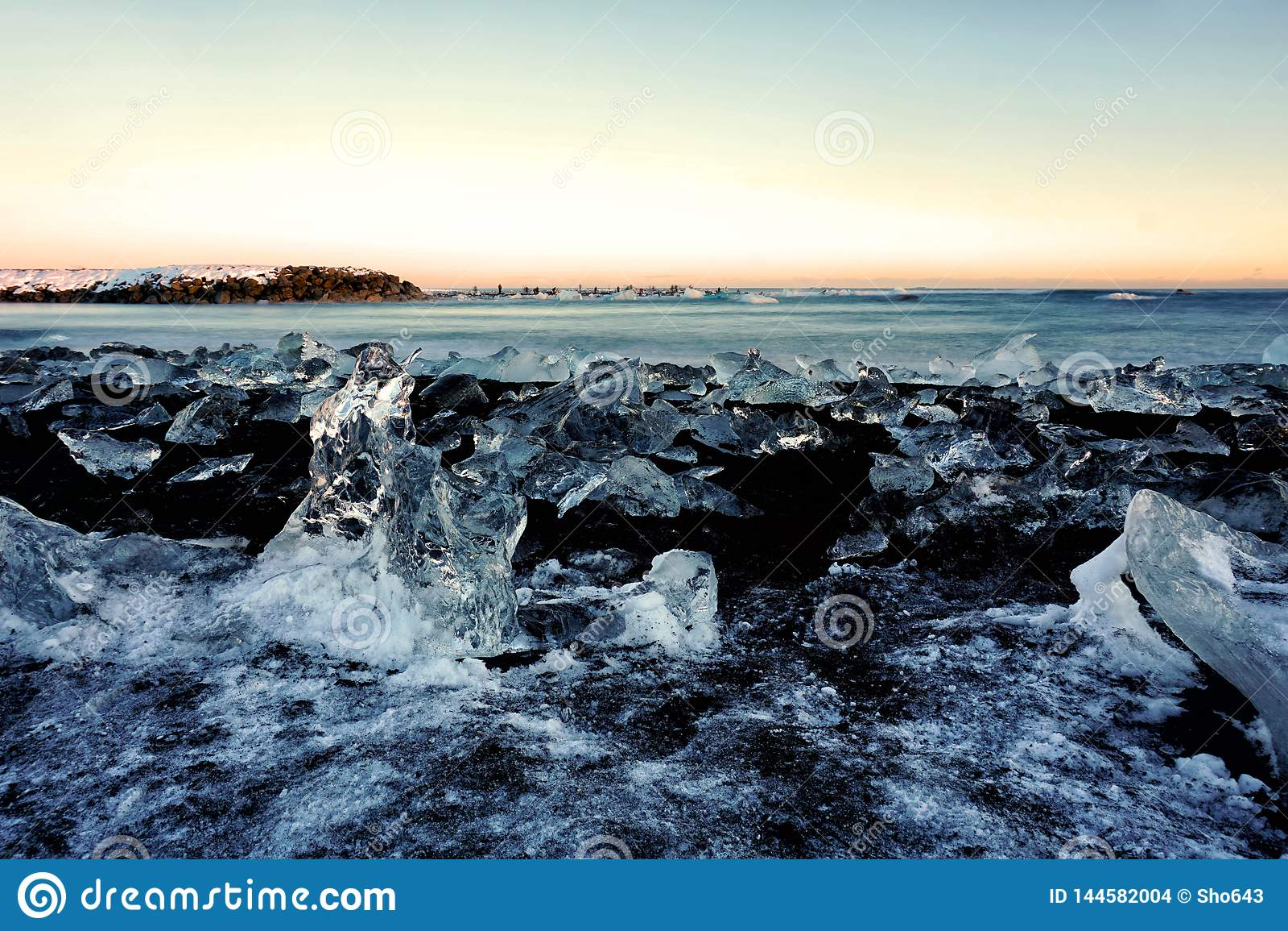 Diamond Beach in de Winter van IJsland