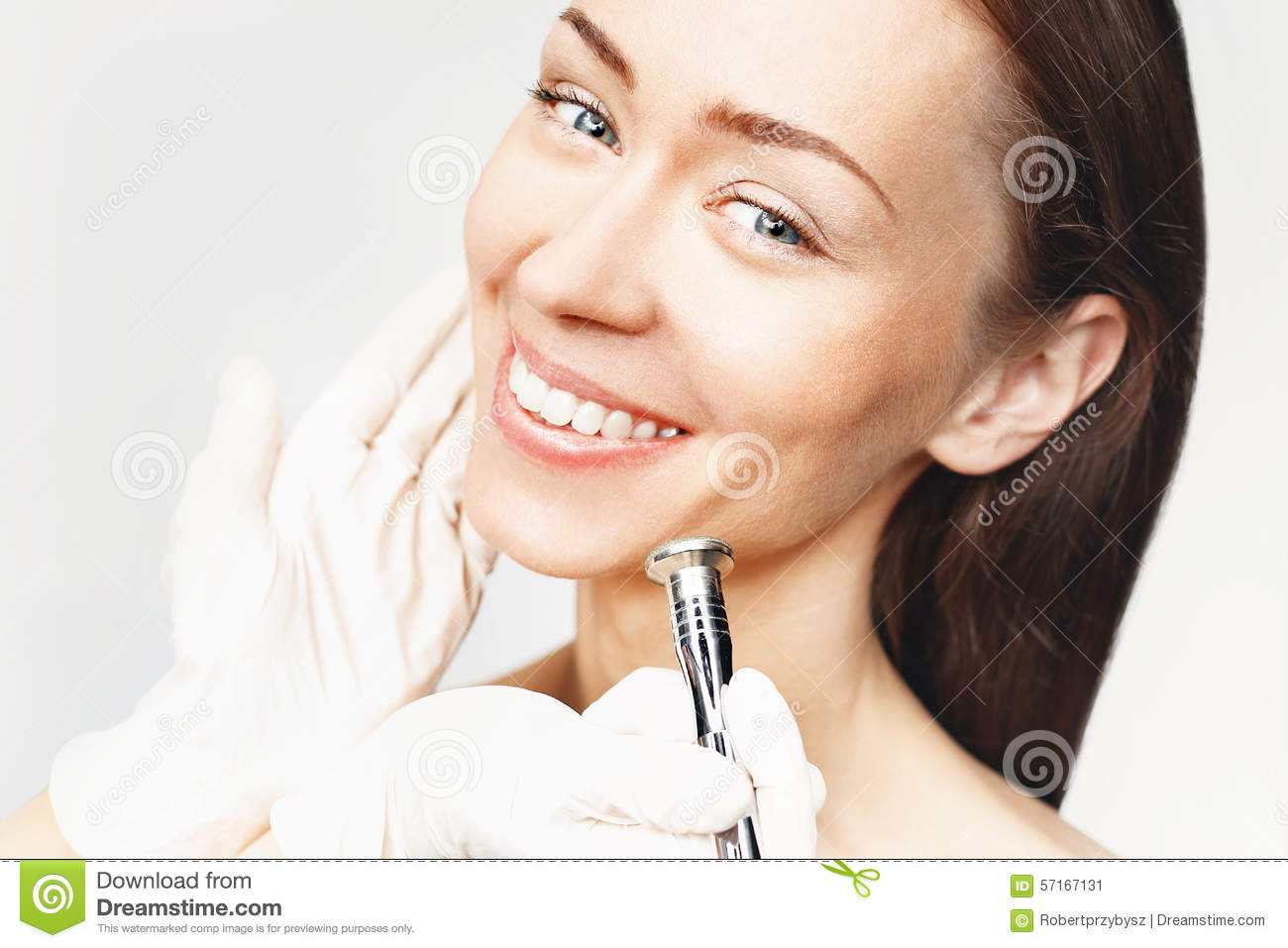 Diamond microdermabrasion stock photo image 57167131 for A trial beauty treatment salon