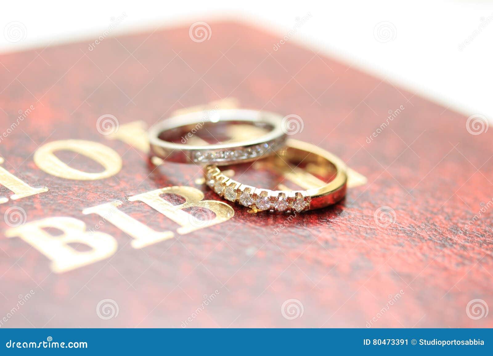 Diamond wedding bands stock image. Image of wedding, carat - 80473391