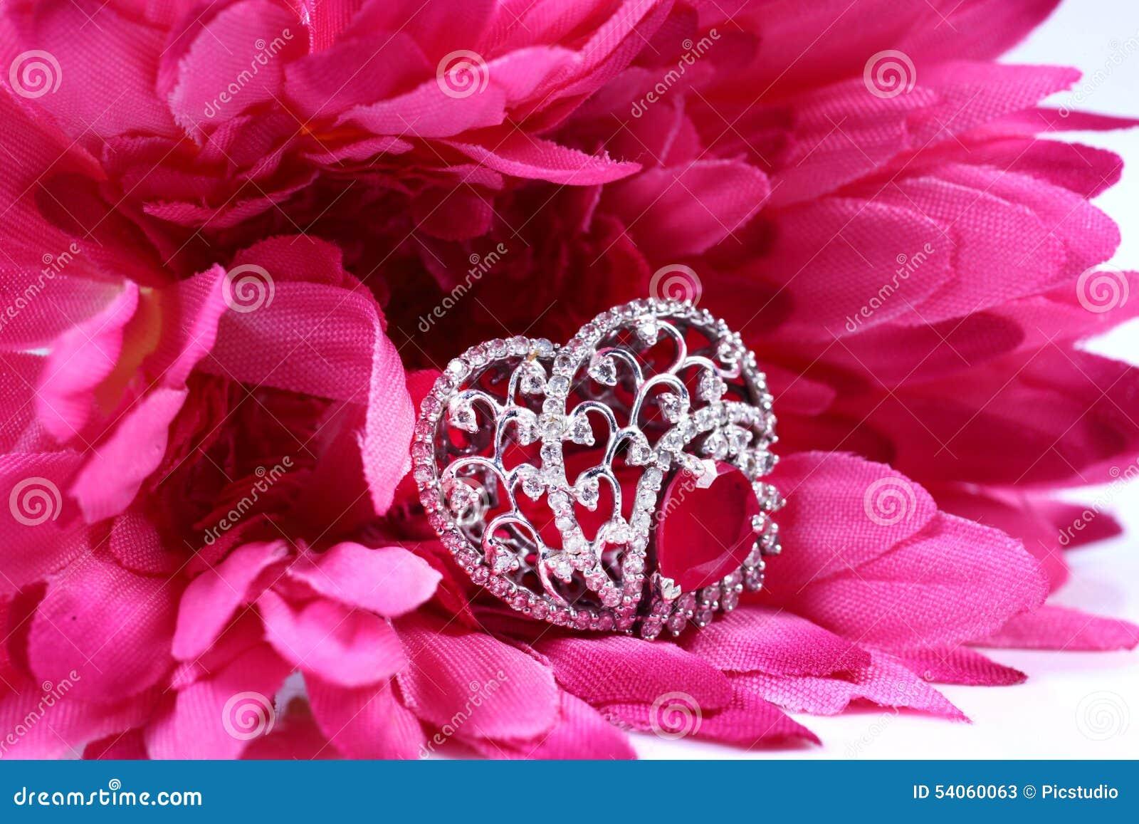 Diamond wedding ring stock image. Image of expensive - 54060063