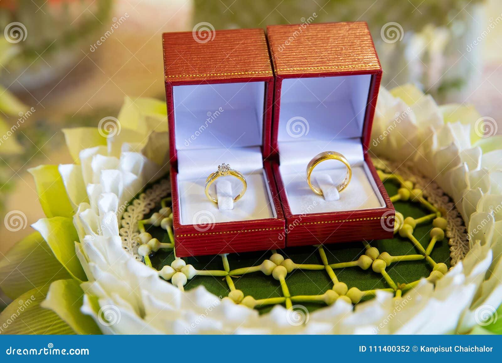 Diamond Wedding Ring In The Luxury Box Wedding Ring Engagement