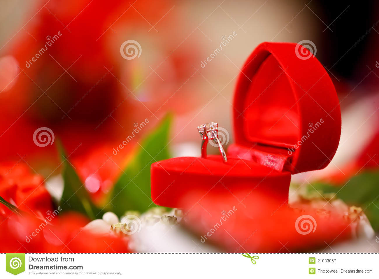 Engagement ring box christmas ornament - Diamond Wedding Ring In Red Heart Box