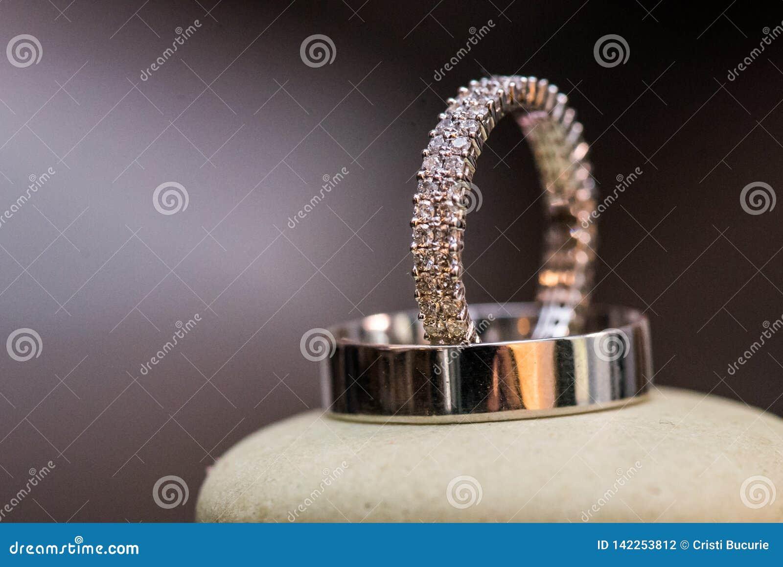Diamond Wedding Rings Verhältnis, Verpflichtung, Liebe