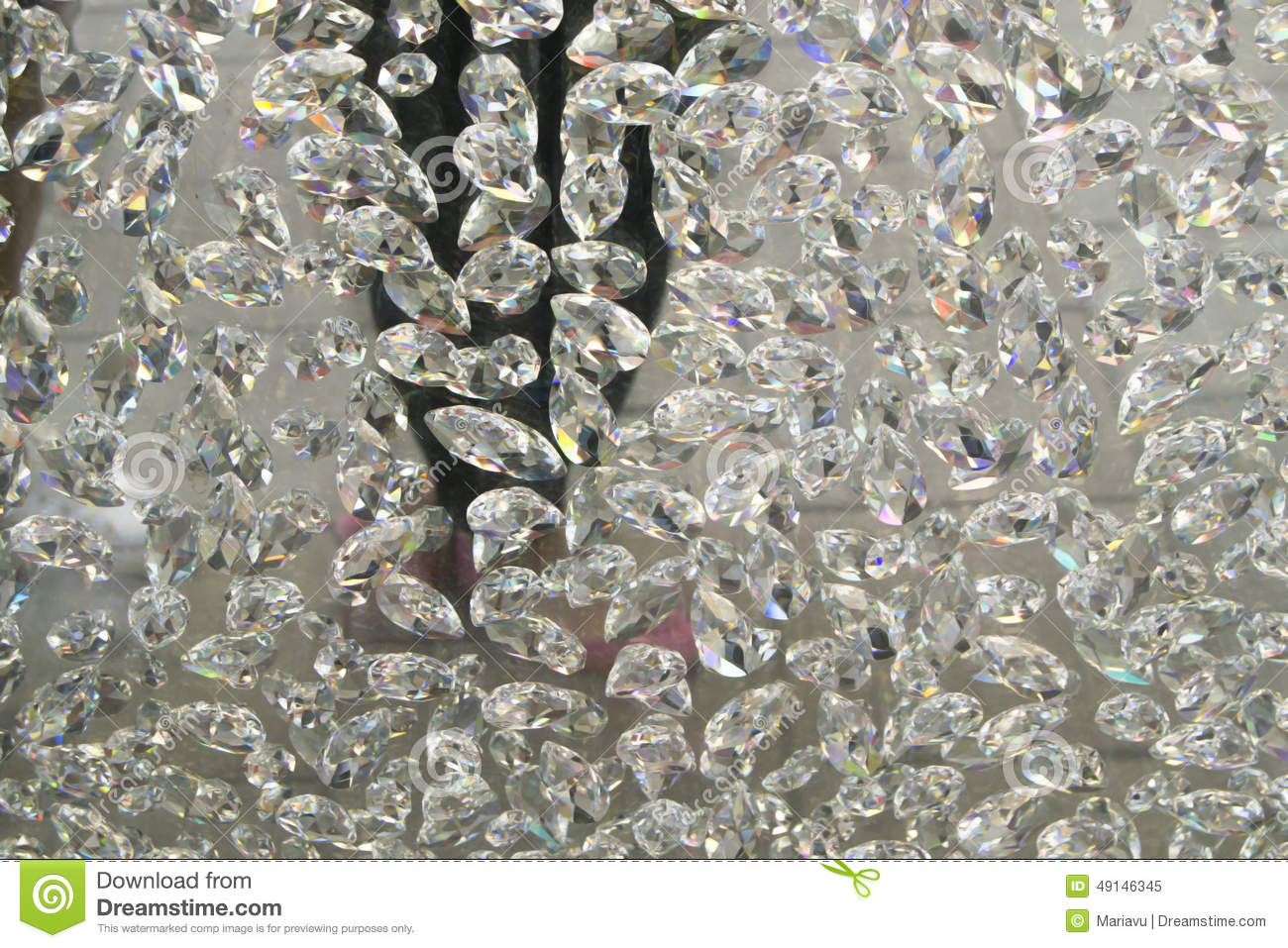 Diamonds hanging (crystal, diamond background, wallpaper)