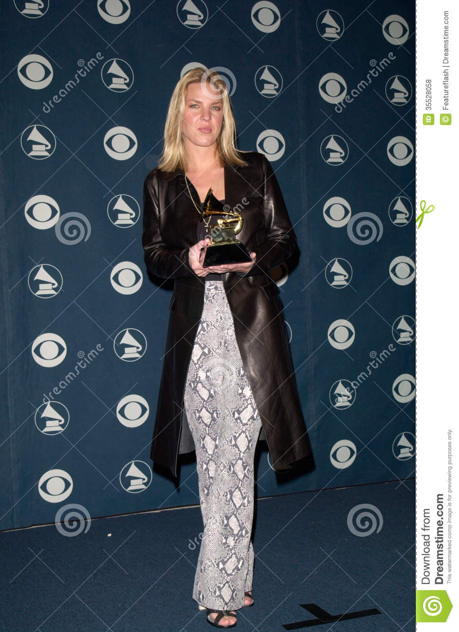 23FEB2000: Singer DIANA KRALL at the 42nd Annual Grammy Awards in Los ...