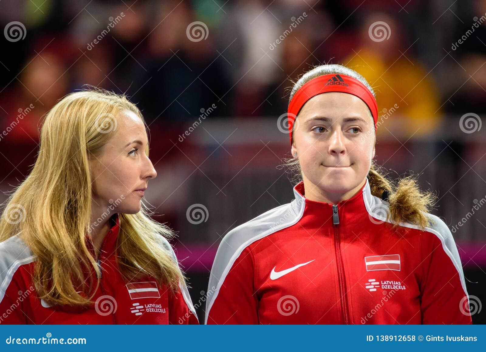 Diana Marcinkevica e Alona Ostapenko