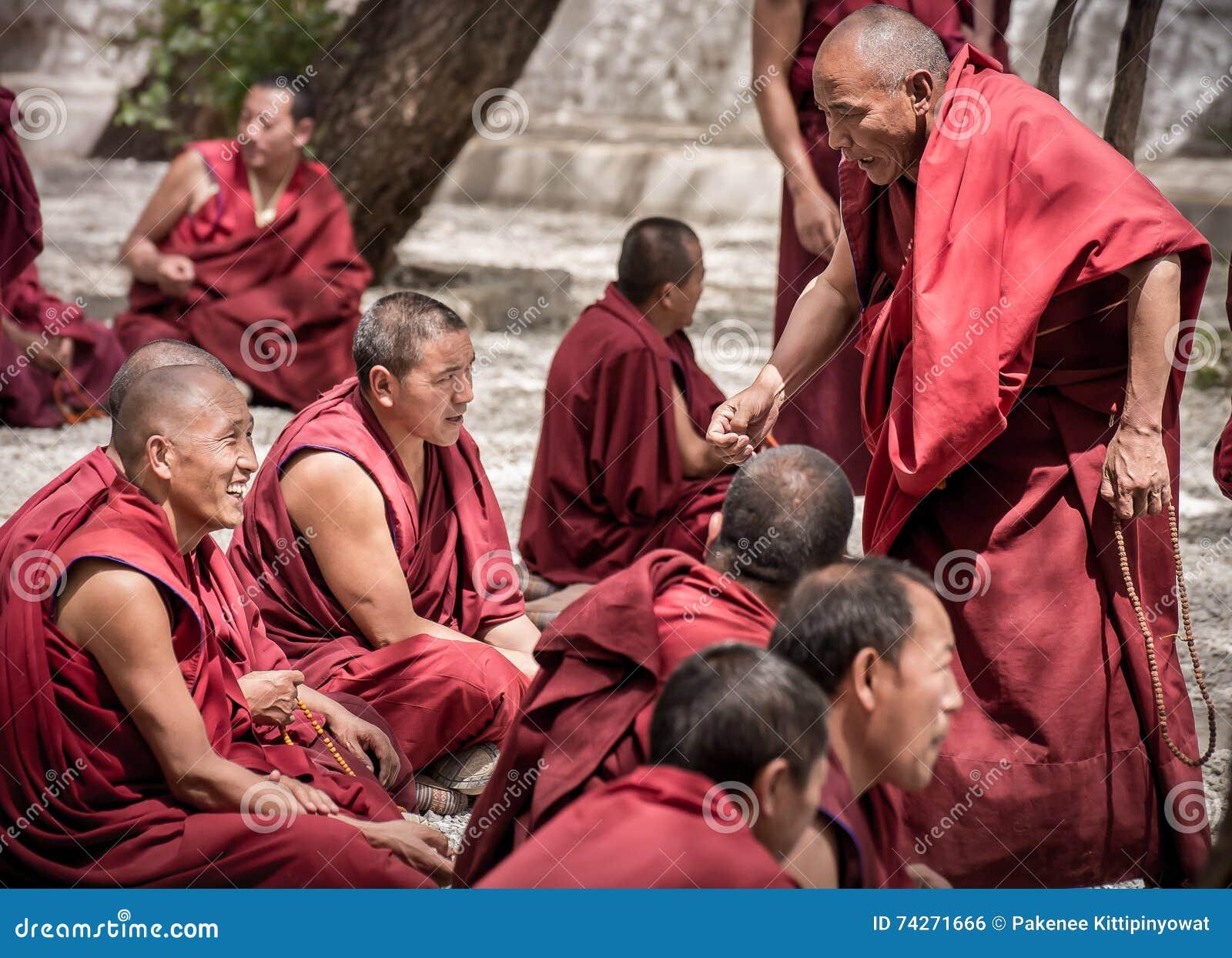 Dibattito dei monaci