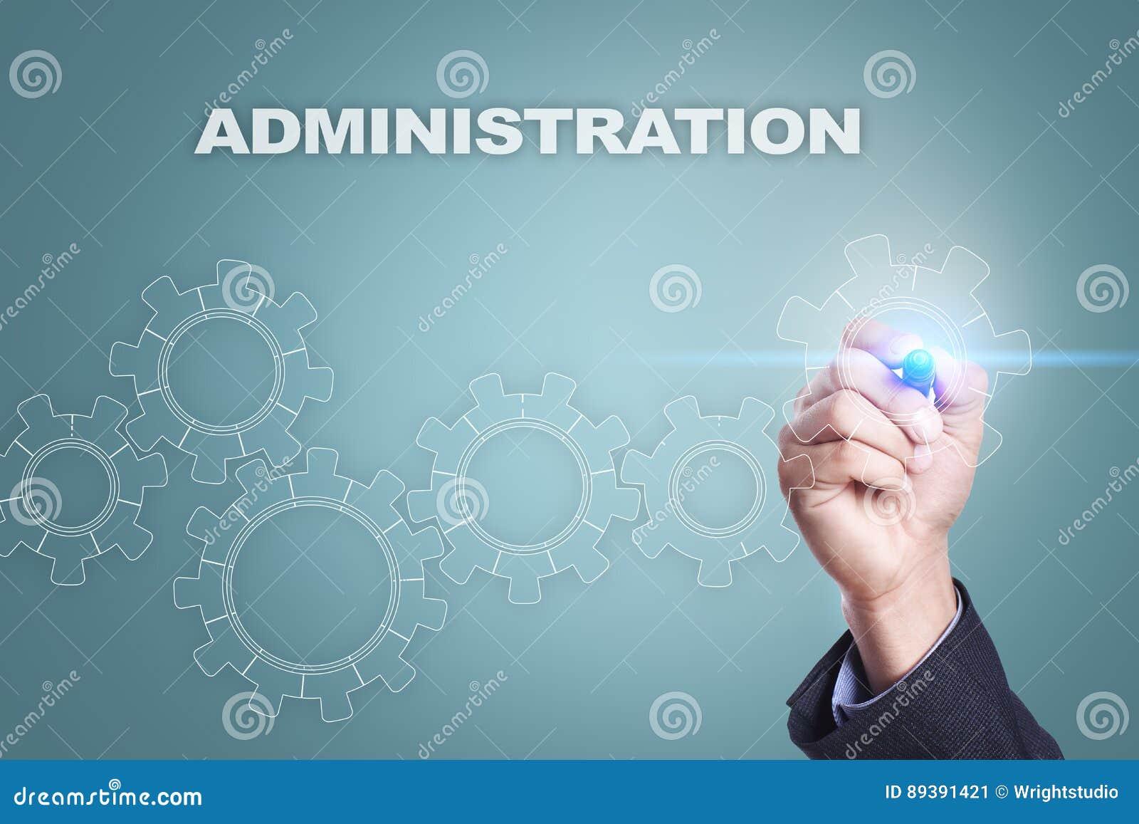 Dibujo del hombre de negocios en la pantalla virtual concepto de la administración