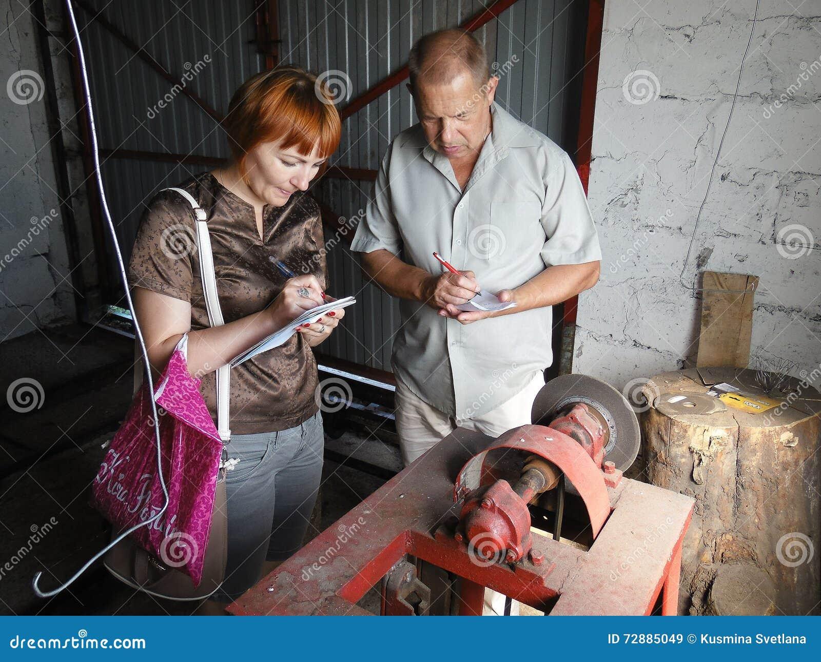 Die Arbeit der Inspektion Kommission zu einem Schutz der Arbeit in der Gomel-Region von Weißrussland