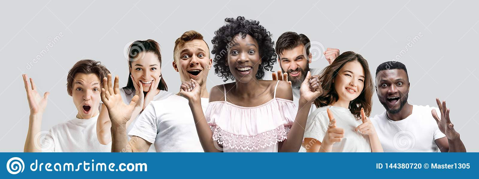 Die Collage von Gesichtern von überraschten Leuten auf weißen Hintergründen
