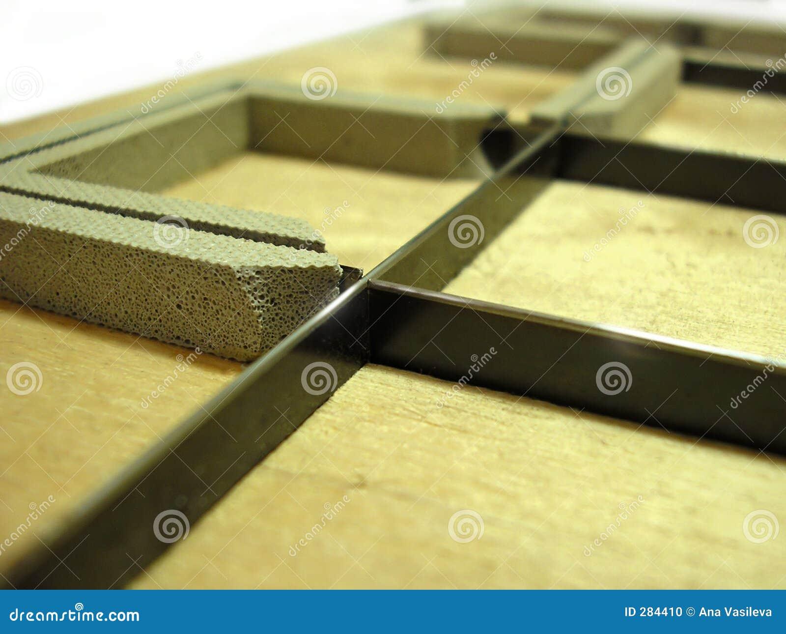 Die-cutter - de polygraphyindustrie