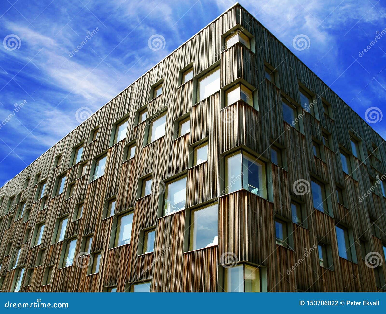 Die Fassade des Architekturcolleges Umea