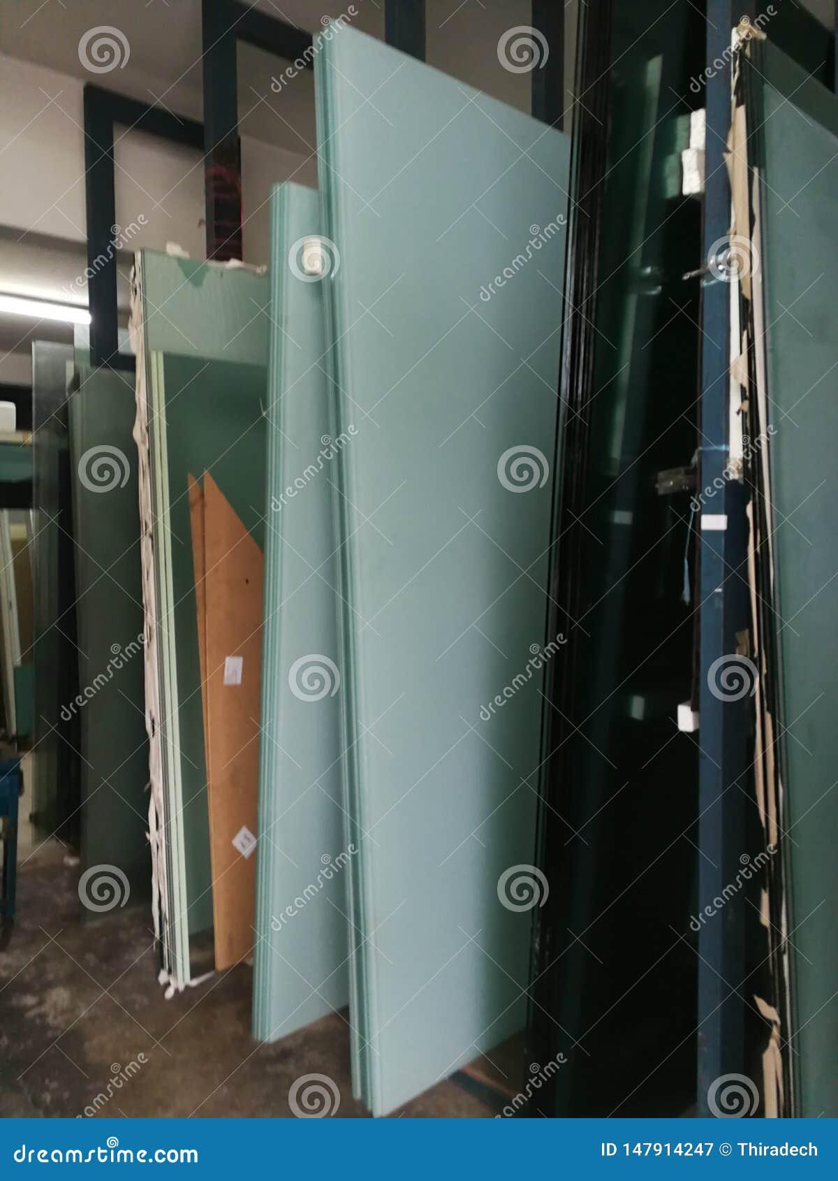 Die Floatglas-Produktionsanlage