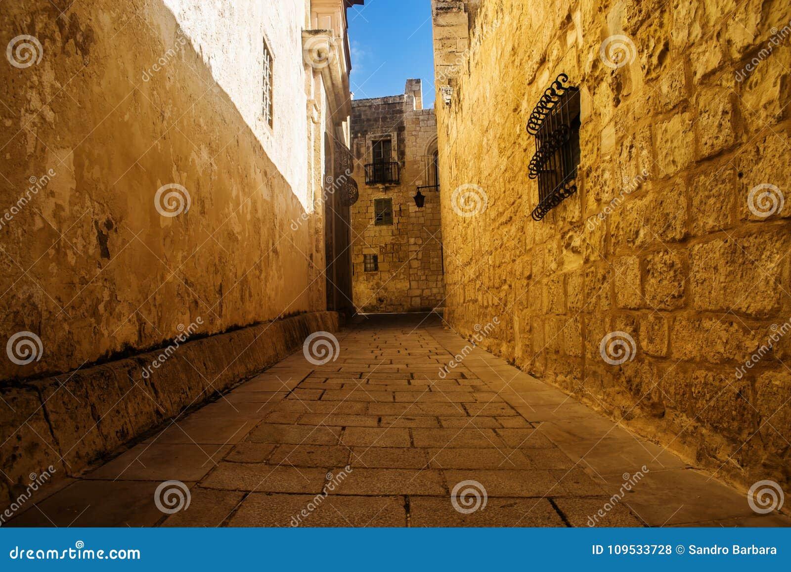 Die goldene Straße in Mdina