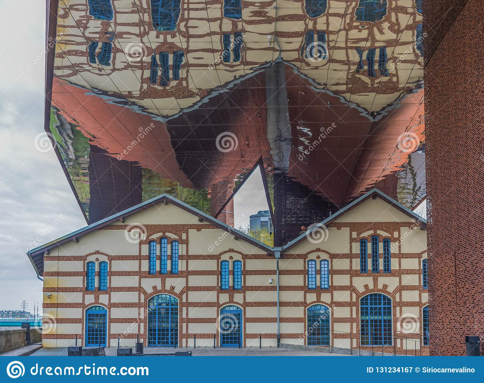Die Moderne Architektur Von Krakau Polen Stockbild Bild