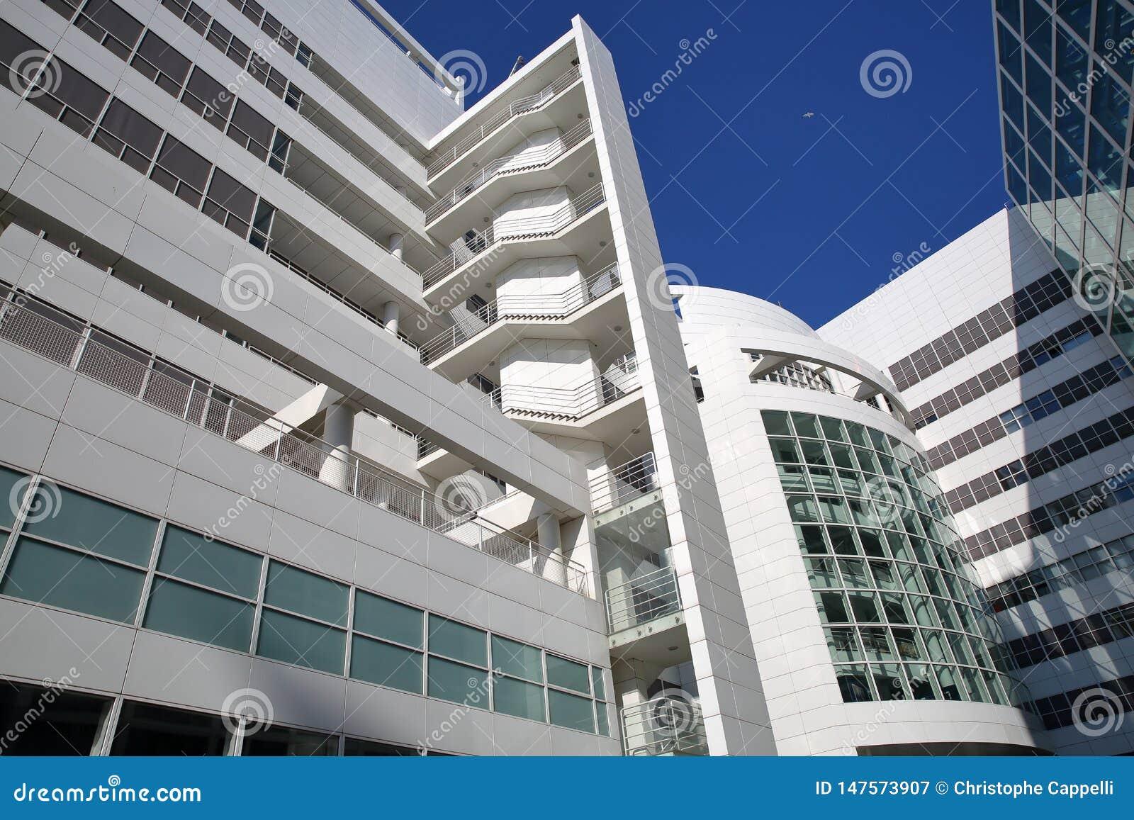 Die moderne Architektur von neuen Rathaus von Den Haag Entworfen durch amerikanischen Architekten Richard Meier im Jahre 1986