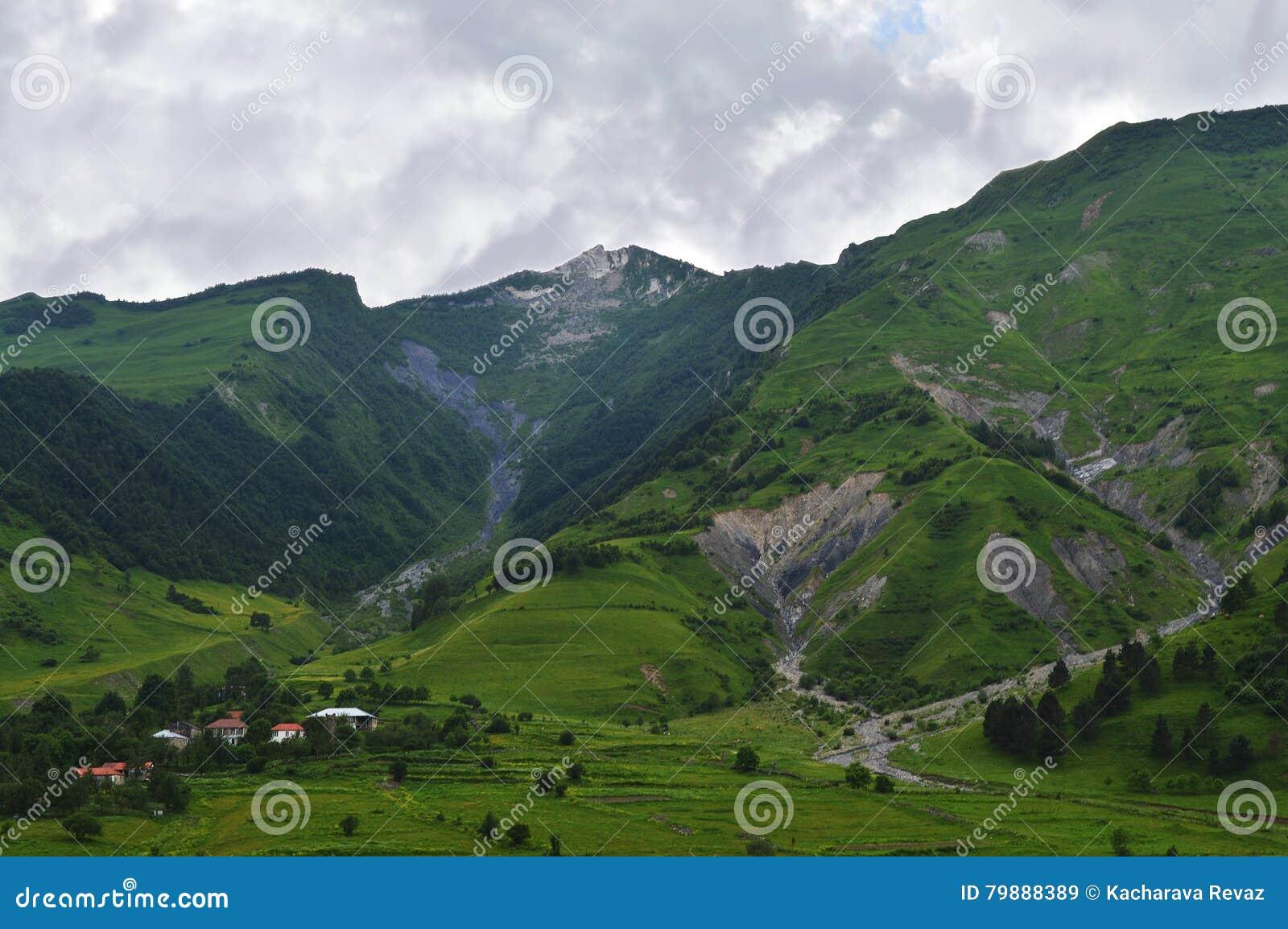 Die Pracht des Kaukasus