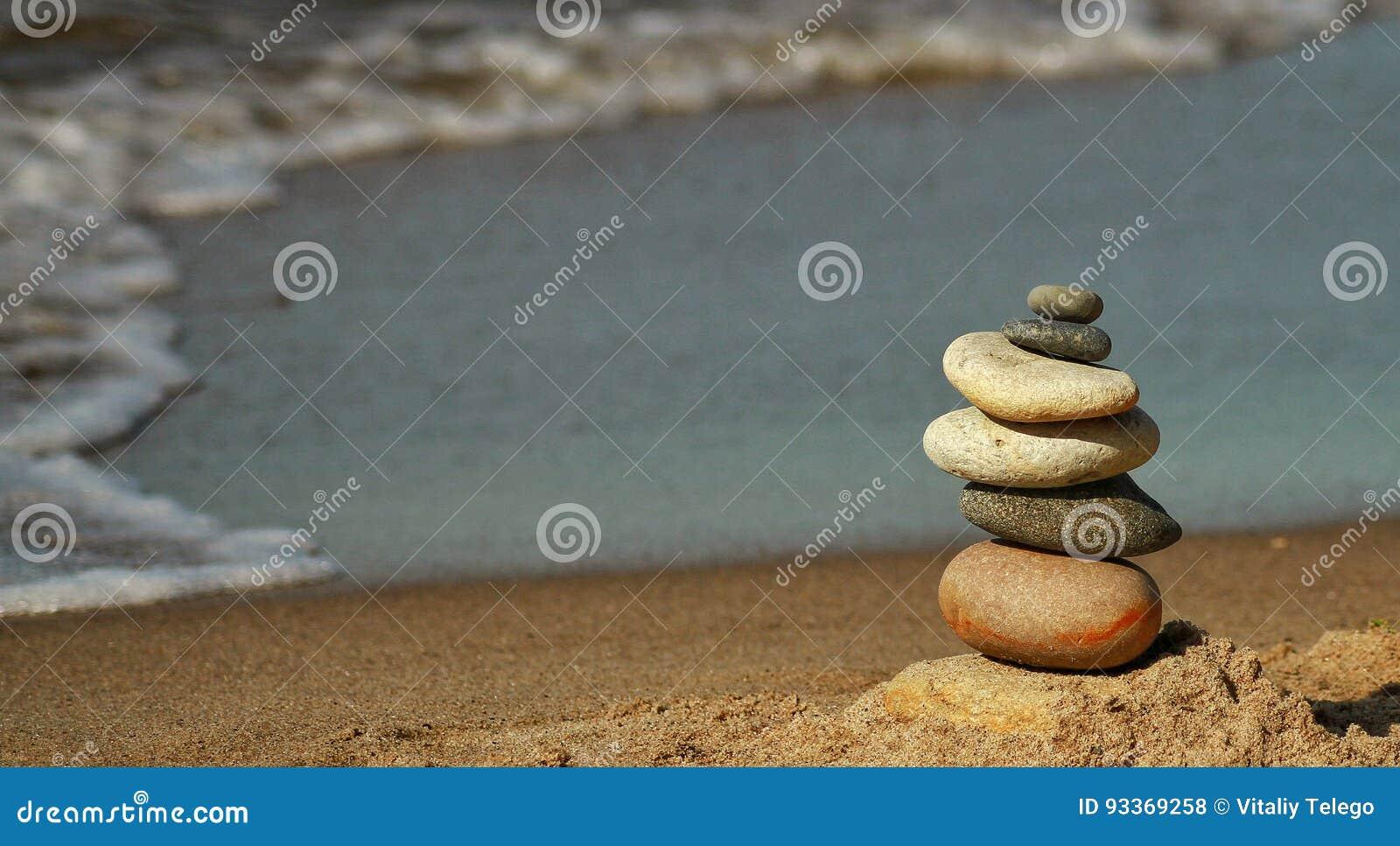 Die Pyramide des Strandes der Ostsee