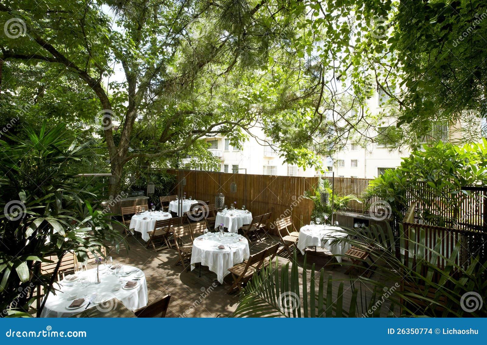 Die schöne Gartengaststätte