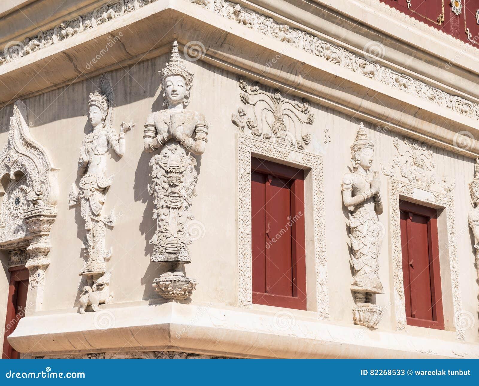Die Schone Skulptur Die Auf Der Wand Pra Singen Verziert Wird Herein Tempel Ch Stockbild Bild Von Schone Wird 82268533