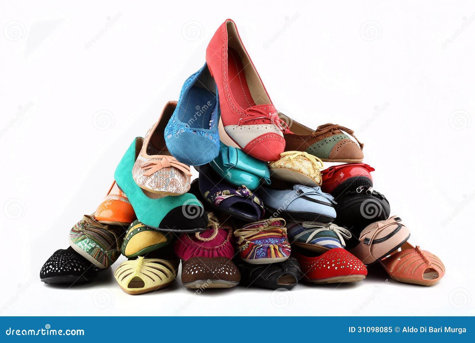 Die Schuhe der Frauen