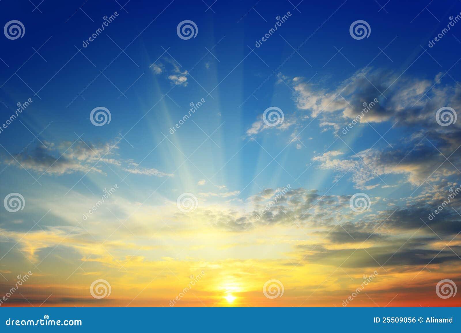 Die Sonne über dem Horizont