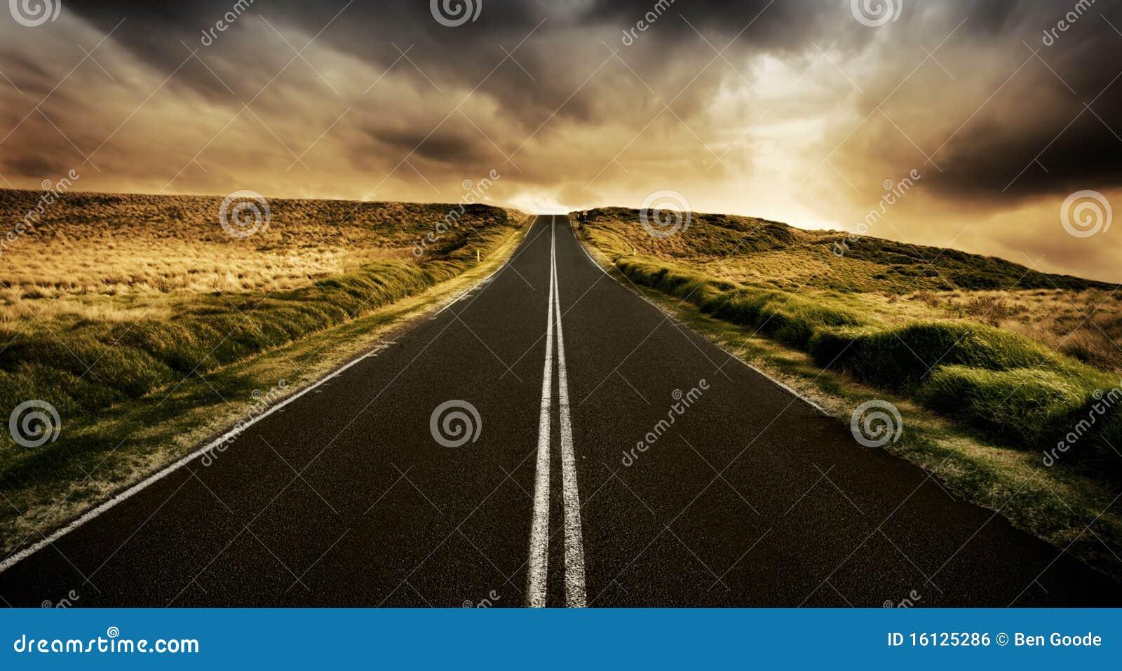 Die Straße ist lang