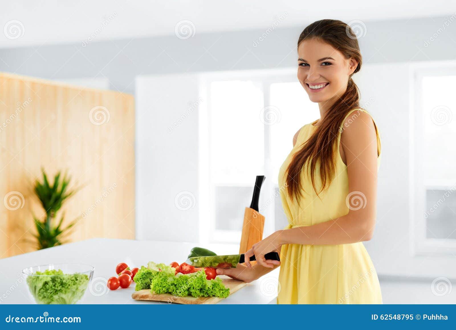 Dieet Gezonde het Eten Vrouwen Kokende Natuurvoeding levensstijl prep