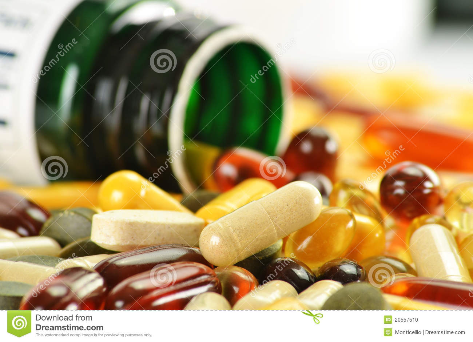 Dieet supplementcapsules en containers