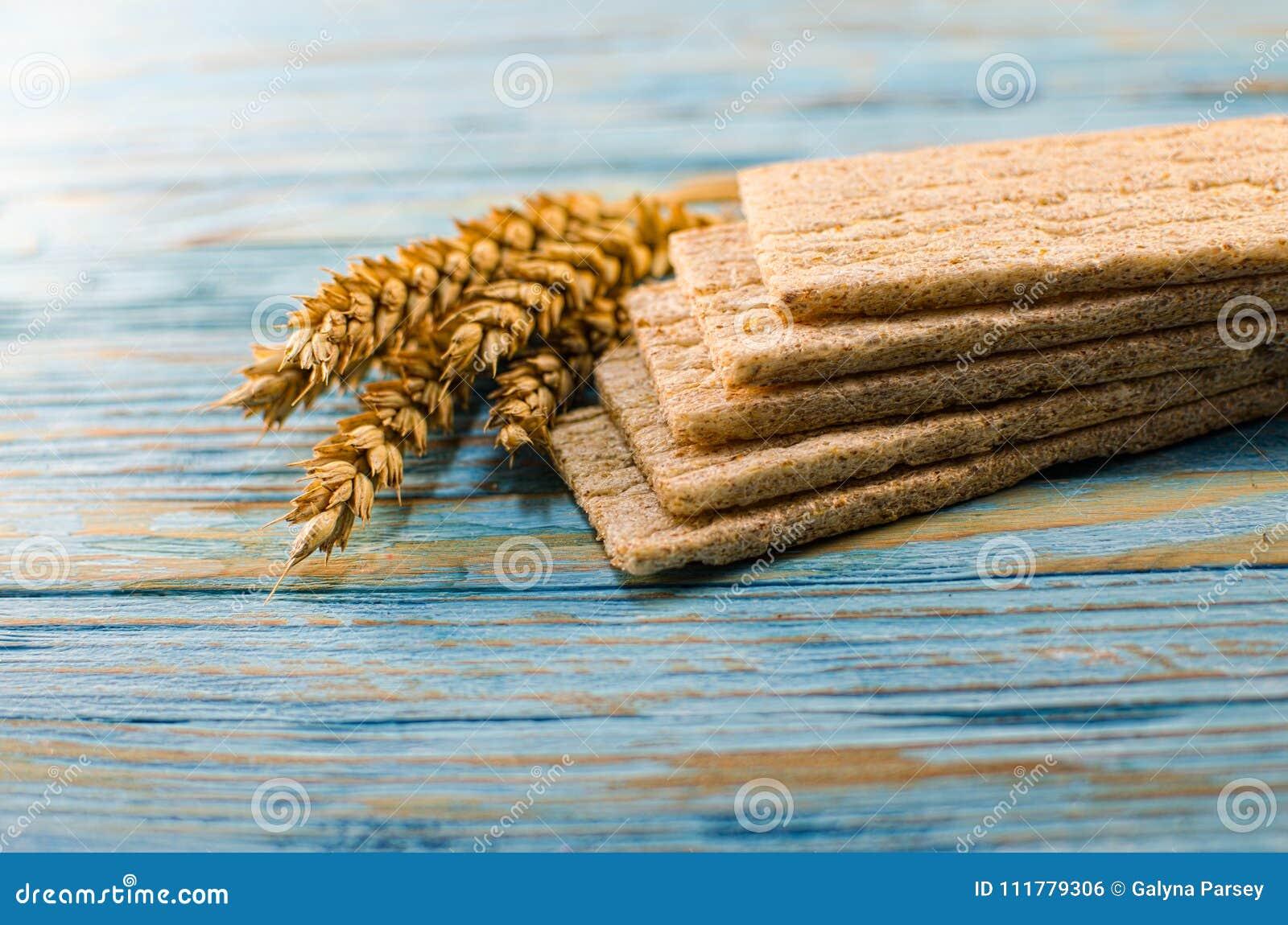 Dieetdiebrood van graangewassen wordt gemaakt
