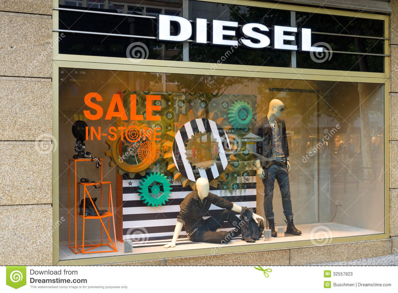 Diesel clothing store locator