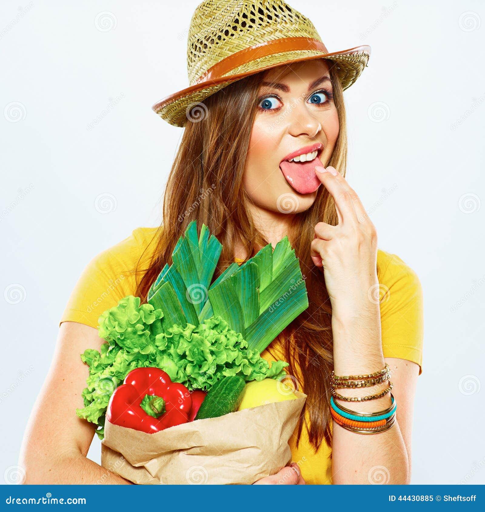 Beliefs and Attitudes toward Vegetarian Lifestyle across Generations