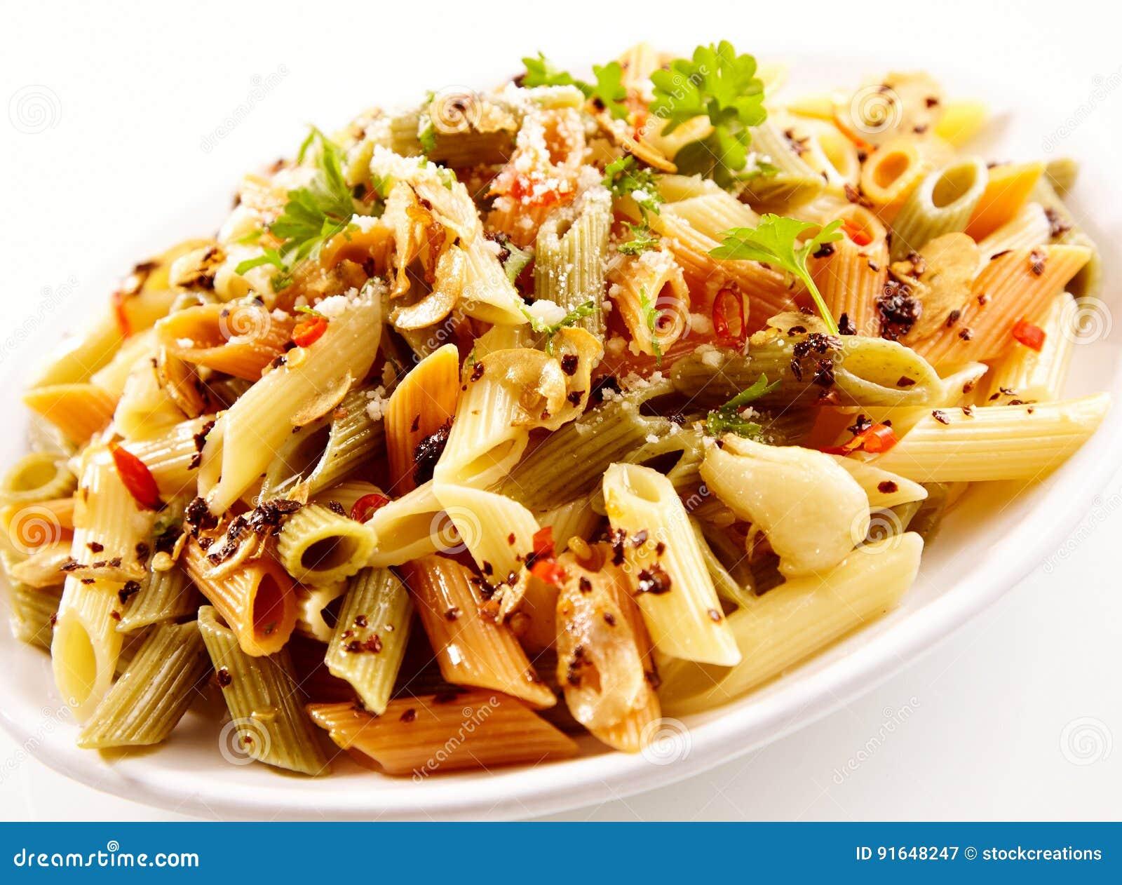 dieta pasta olio e parmigiano
