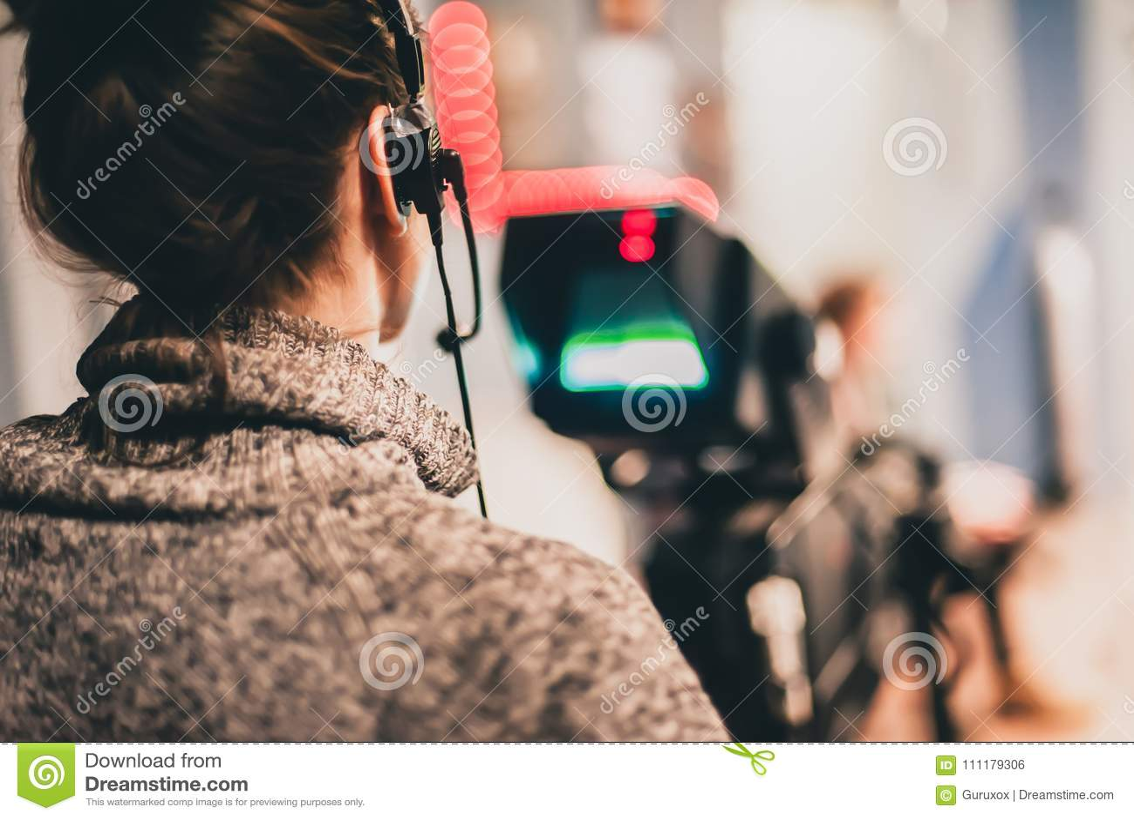 Dietro la scena La scena femminile del film della fucilazione del cineoperatore con è venuto