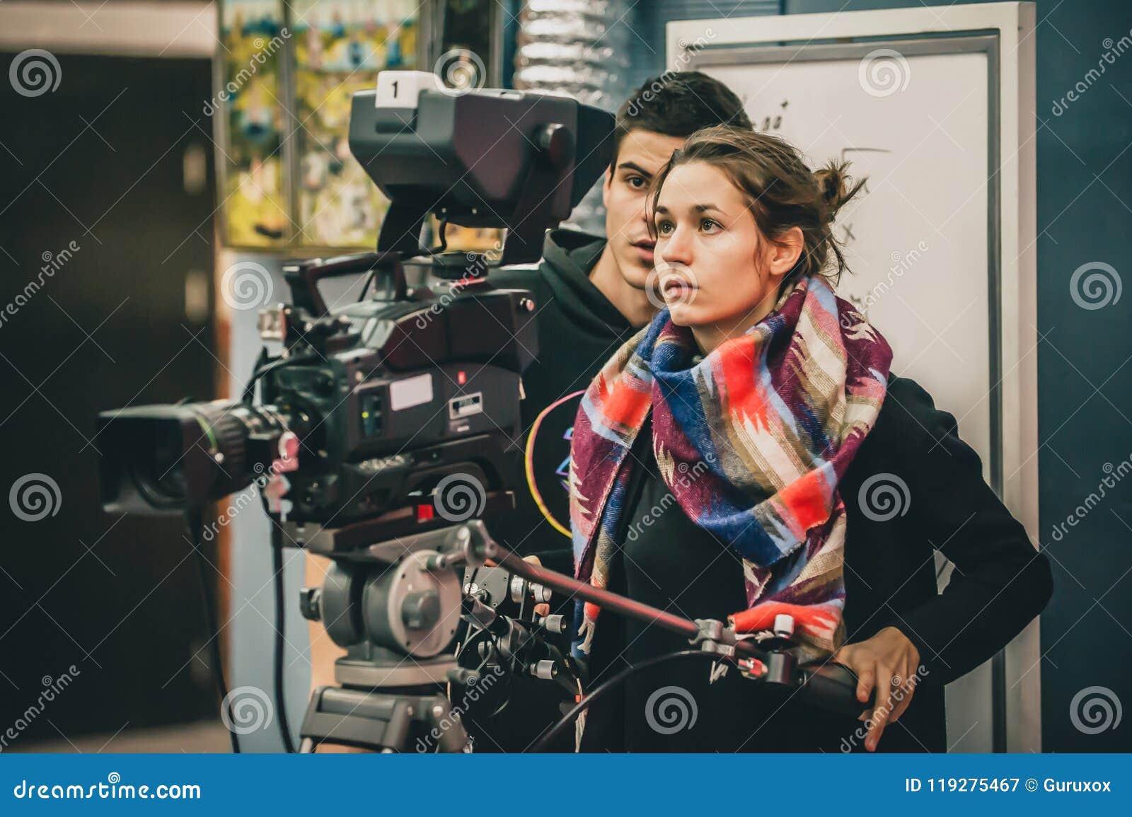 Dietro la scena Film della fucilazione dell assistente e del cineoperatore con la camma