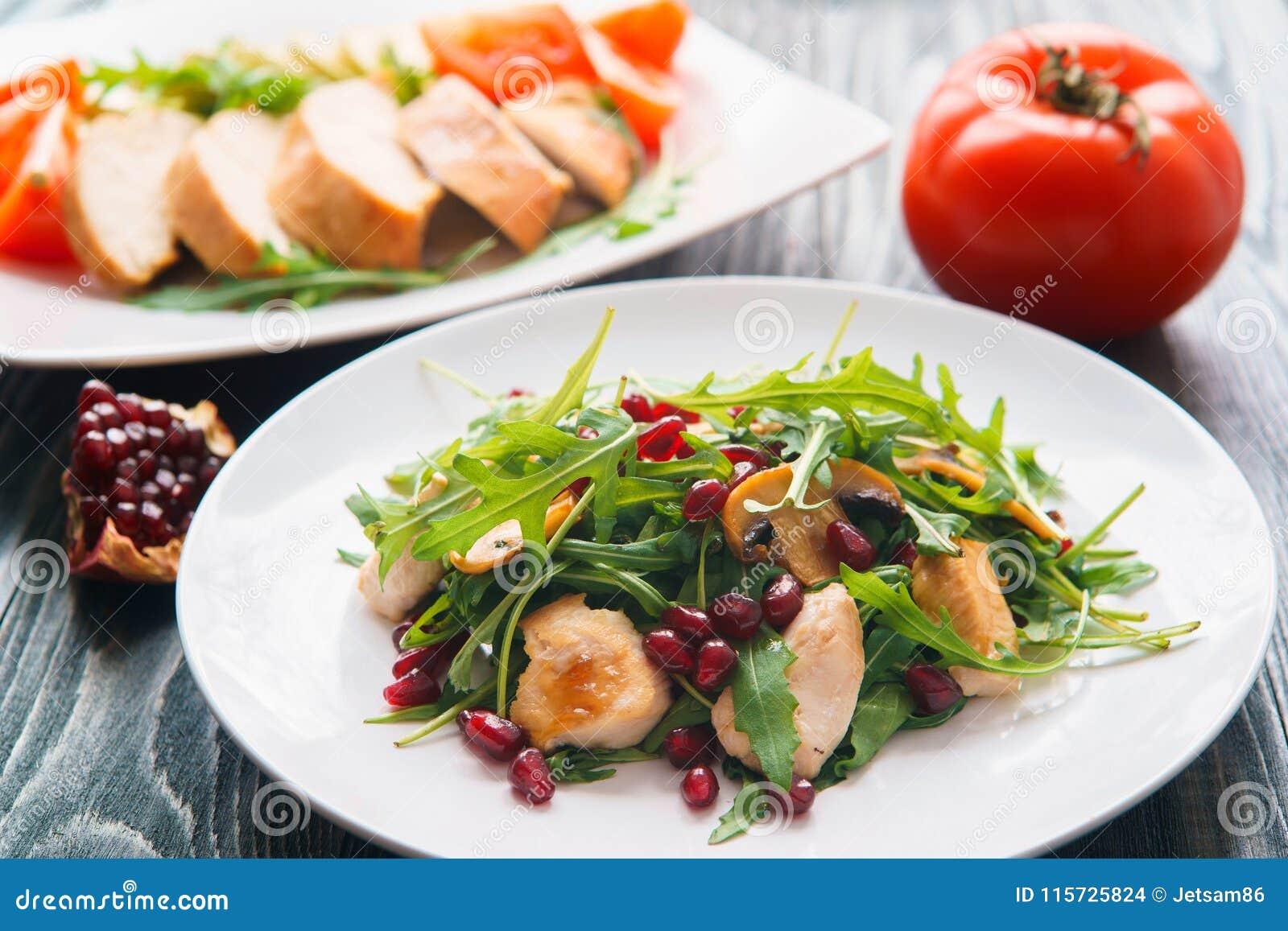 Diety jedzenie, proteiny, zdrowy niskokaloryczny posiłku pojęcie Kurczak