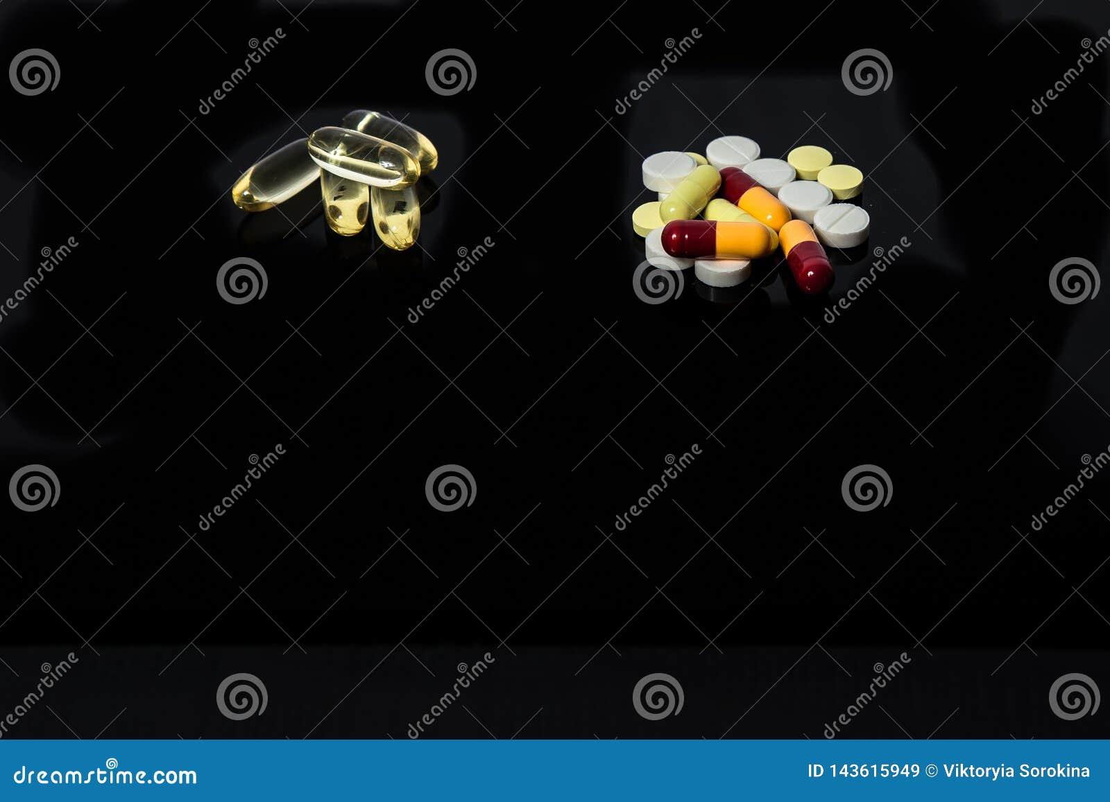 Différentes pilules médicales pour le traitement