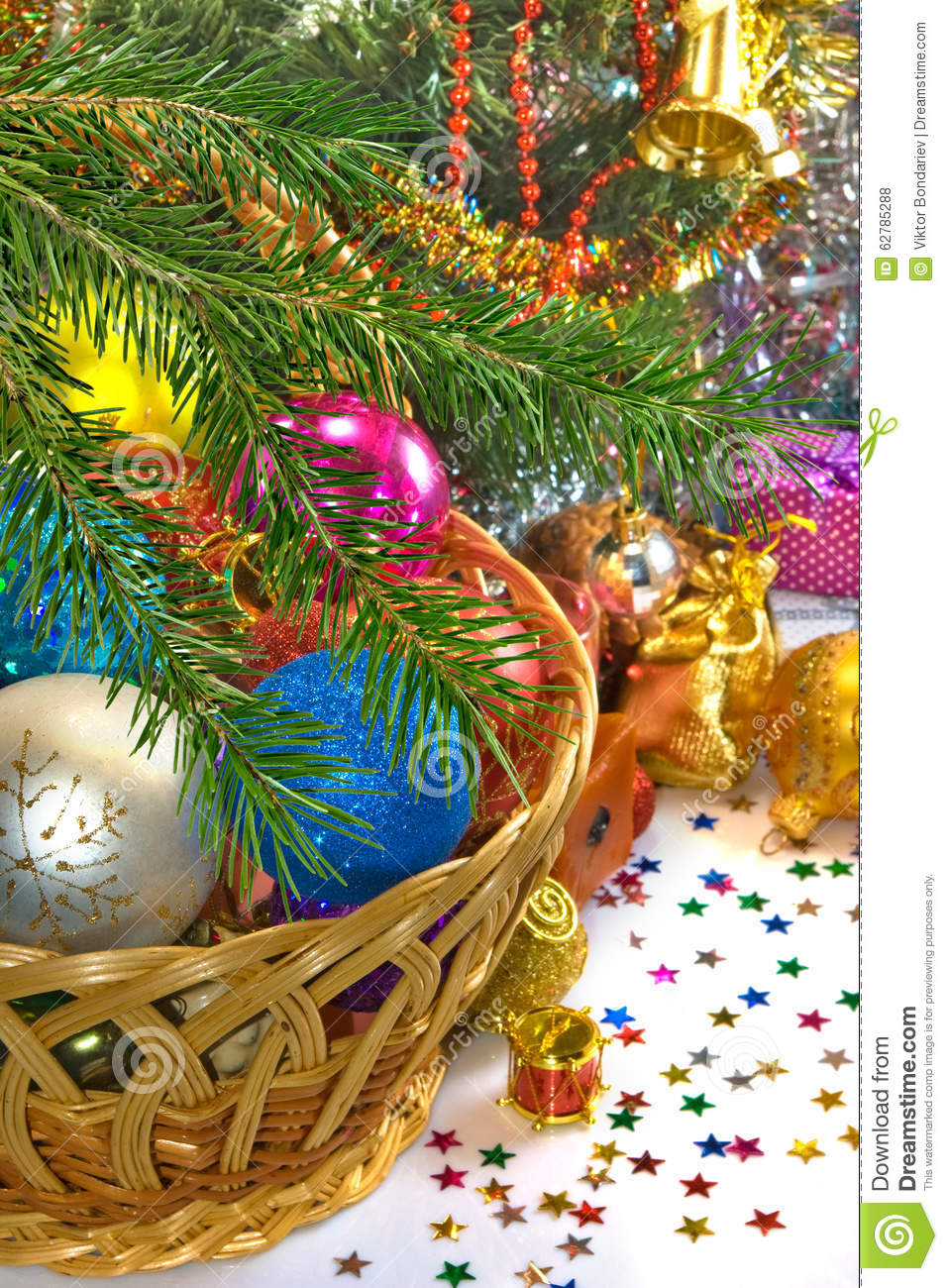 Different Image Of Beautiful Christmas Decorations And