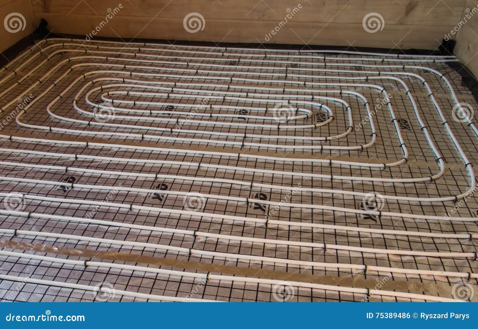 Riscaldamento A Pavimento Tubi diffusione dei tubi del riscaldamento a pavimento sul