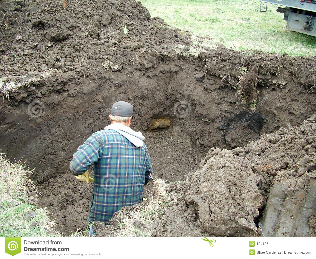 Digging a hole royalty free stock image image 134186 for Digging ground dream meaning