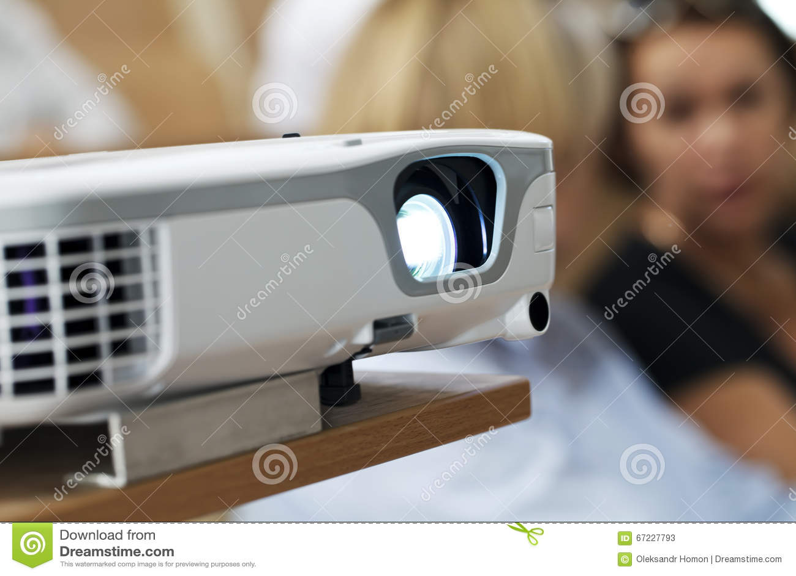 Digital projektor på presentationsnärbilden