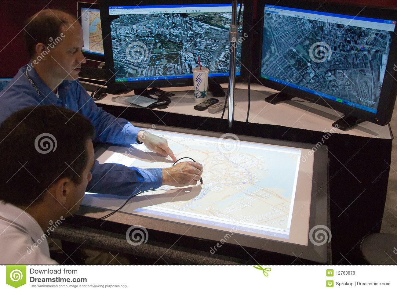 Digitizing Maps At The ESRI User Conference Editorial Stock ... on advertising maps, organizing maps, painting maps, digimon world 4 maps, surveying maps,