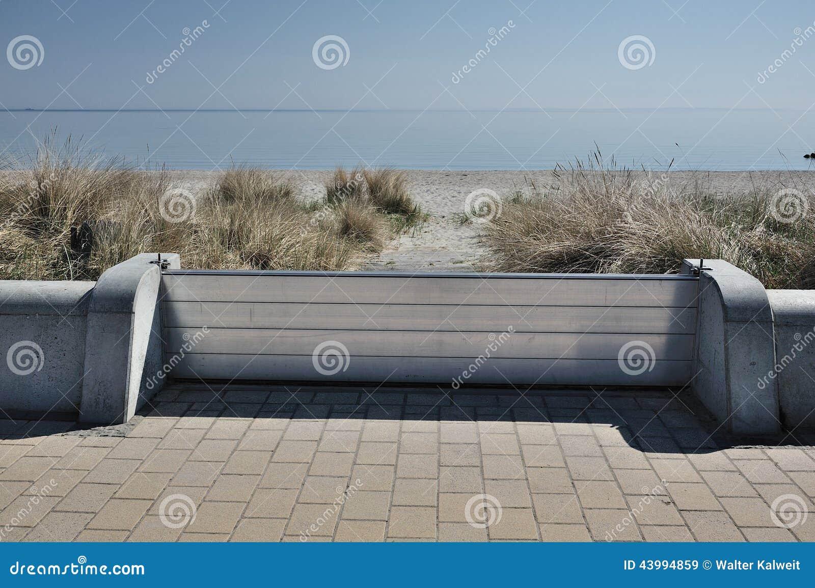 Concrete Dike Wall Design : Dike wall stock photo image