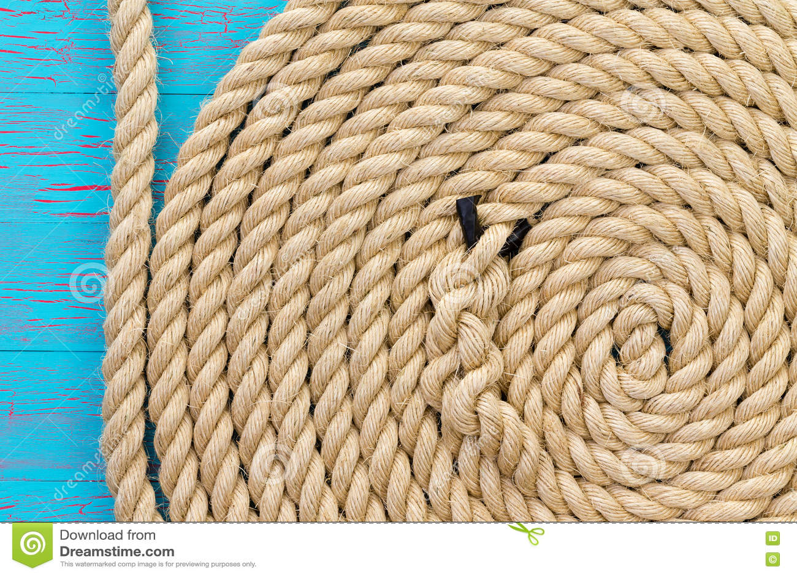 Dikke kabel in beëindigd in spiraalvormige vorm