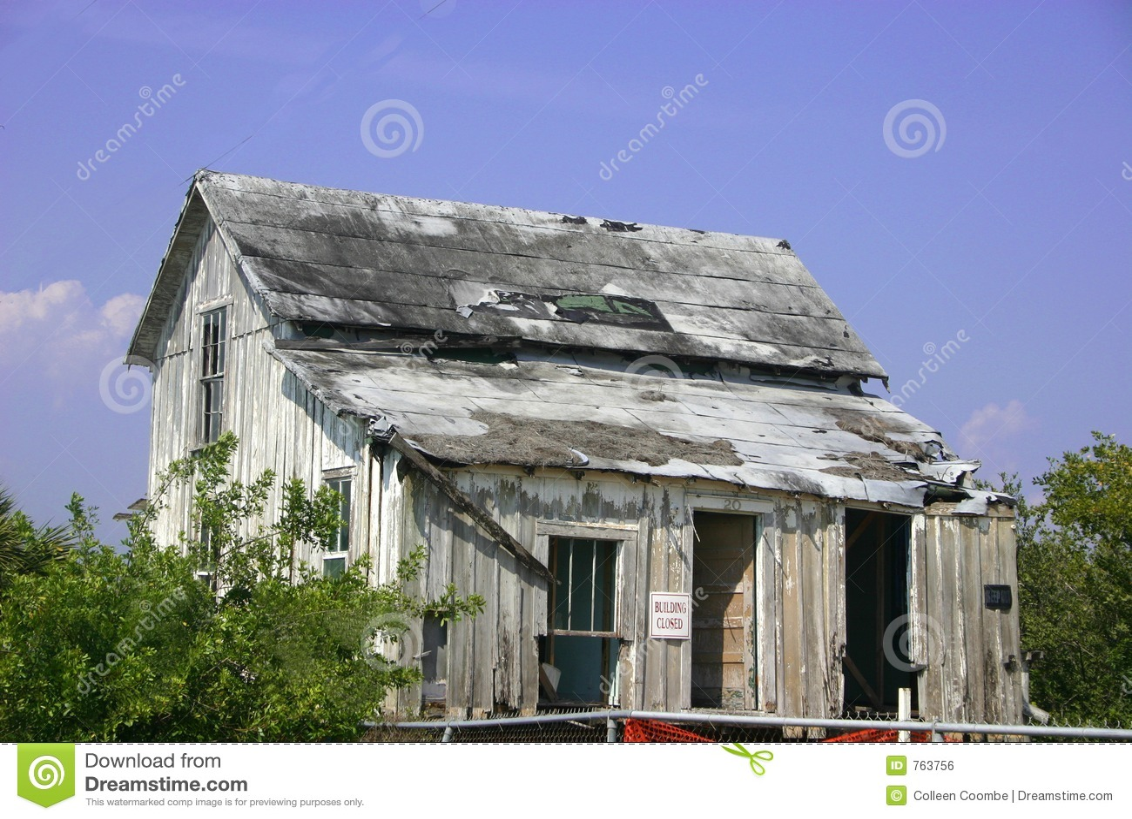 Dilapidated House Royalty Free Stock Image Image 763756