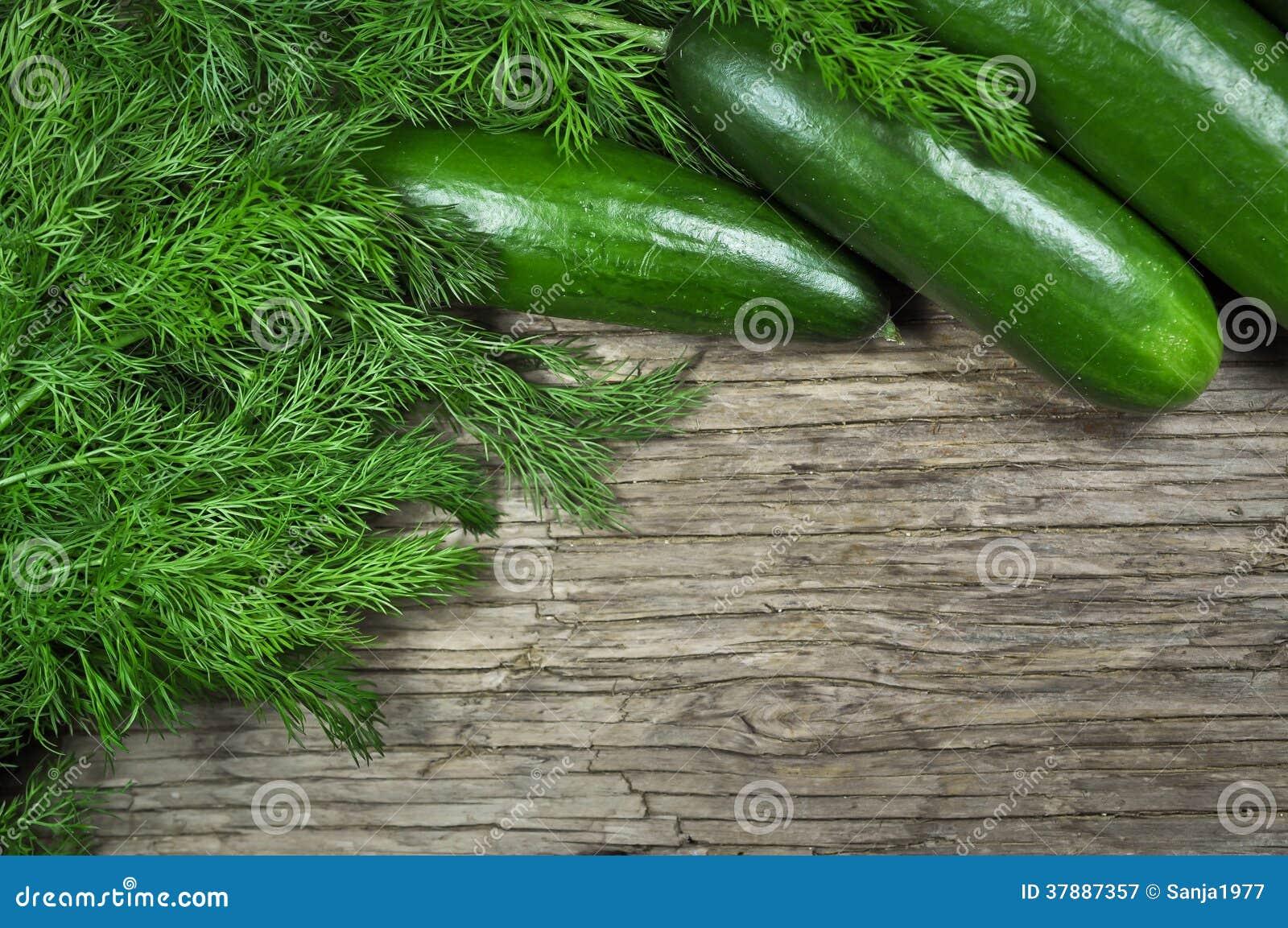 Dille en komkommer