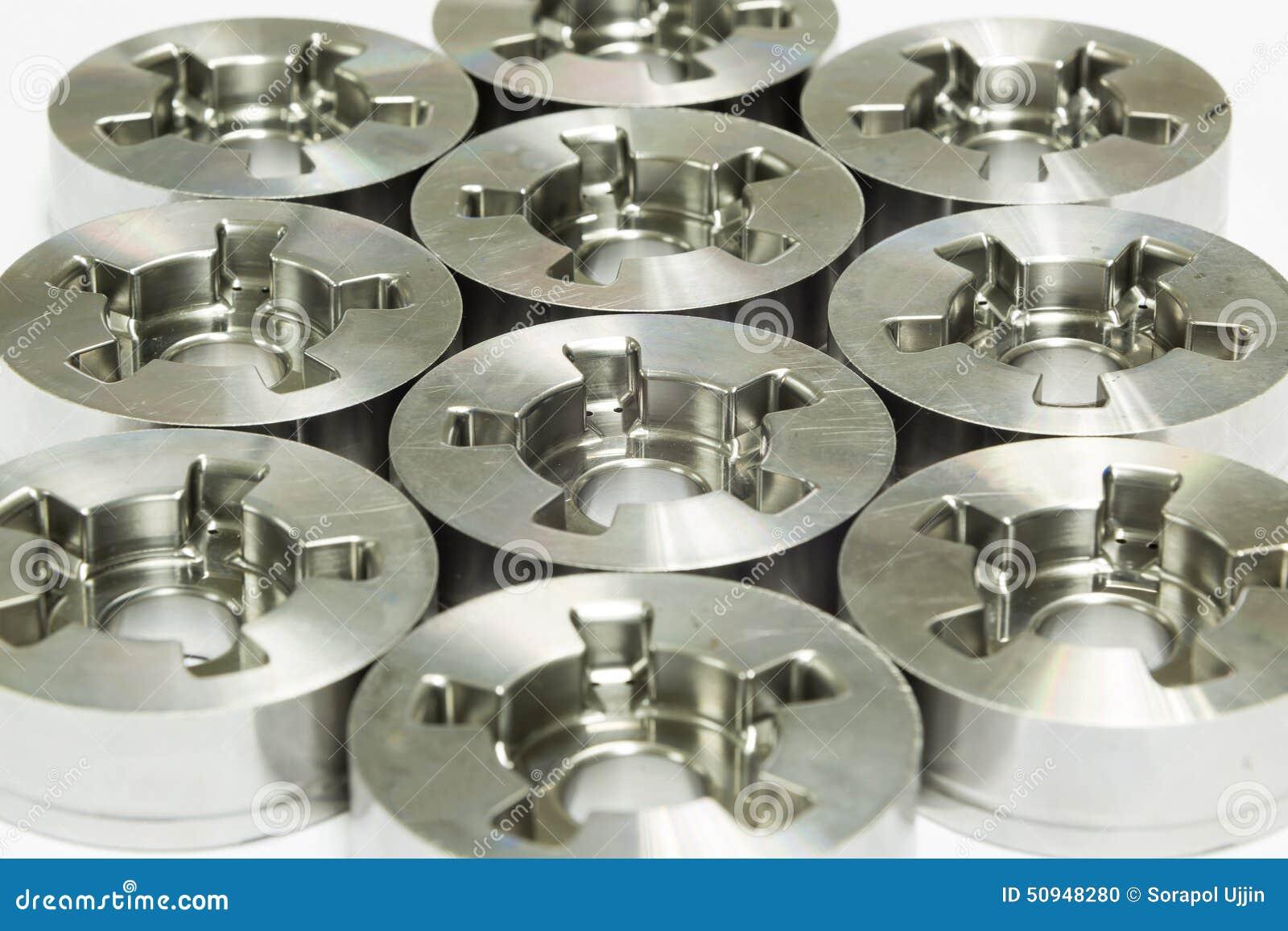 Dimensão da inspeção do operador das peças de giro do cnc